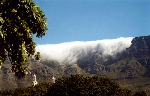 Table Mountain and the tablecl...